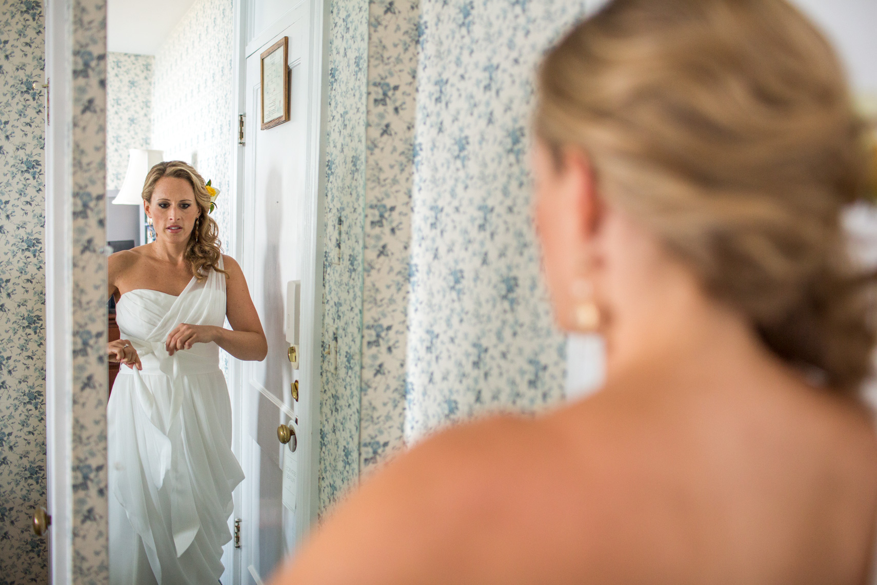 GettingReady_Bride_Wedding